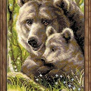 Riolis 10 Count Bear with Cub Counted Cross Stitch Kit
