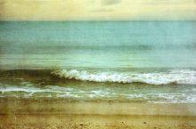 DIY- Sea and Sand Throw Pillow