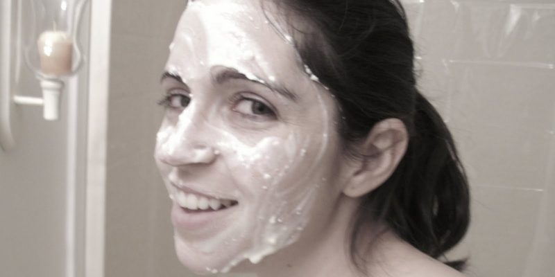 Quick Apple/Yogurt Facial Cleanser
